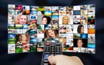 Κυρίες της ελληνικής τηλεόρασης που έκαναν καριέρα κόντρα στα στερεότυπα