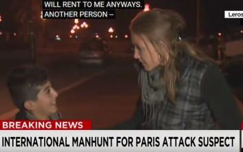 Ο μικρός πρόσφυγας που διέκοψε ανταπόκριση του CNN από τη Λέρο