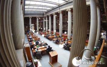 Οι «θησαυροί» που κρύβει η Εθνική Βιβλιοθήκη της Ελλάδας