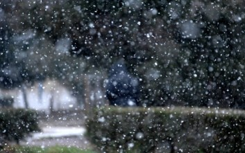 Έπεσαν τα πρώτα χιόνια στο Πήλιο