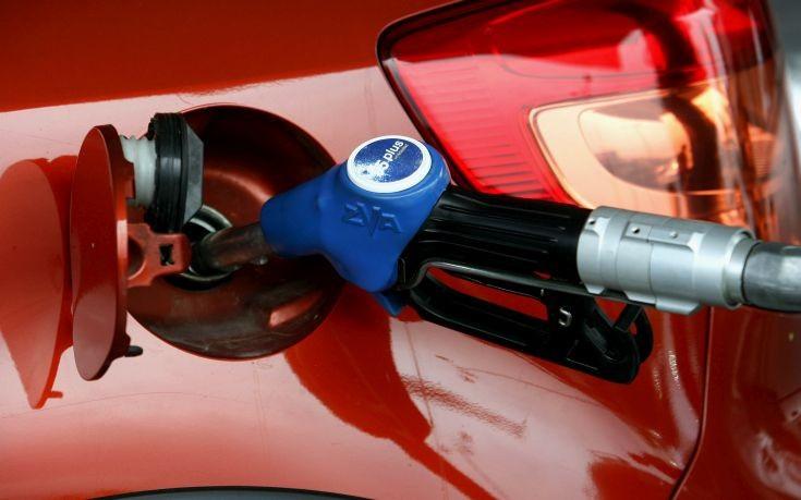 Πετρέλαιο κίνησης με τιμή βενζίνης σχεδιάζει το οικονομικό επιτελείο