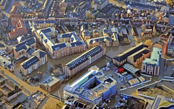 Εικόνες καταστροφής από τις πλημμύρες στη Βρετανία