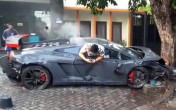 Οδηγός Lamborghini «θέρισε» πεζούς έπειτα από κόντρα με Ferrari