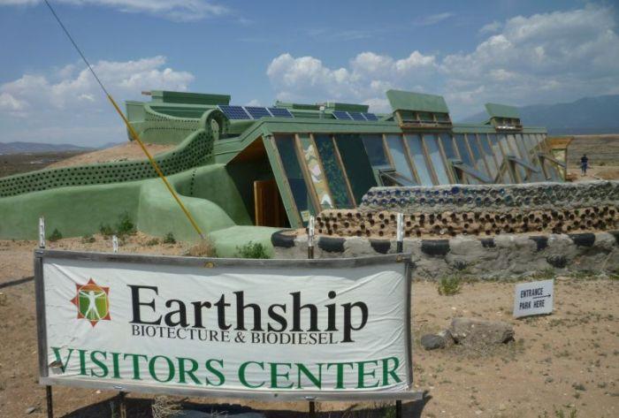 earthships_01