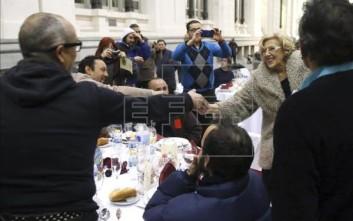 Χριστουγεννιάτικο ρεβεγιόν για τους άστεγους στη Μαδρίτη