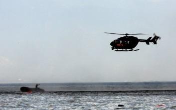 Ελικόπτερο της Frontex εντόπισε τη λέμβο με τους πρόσφυγες στη Σάμο