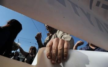 Η ΓΣΕΕ καταγγέλλει «ψέματα» για τις ομαδικές απολύσεις