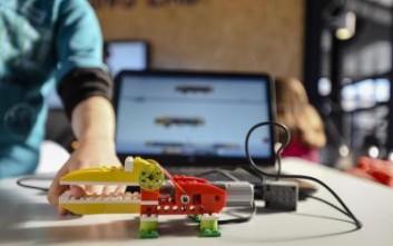 Μαθήματα Ρομποτικής στους μαθητές στα Ανώγεια