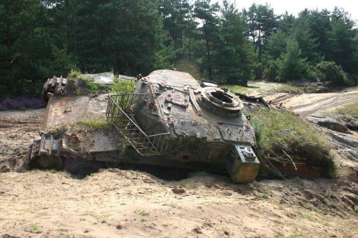 tanks_taken_nature_02