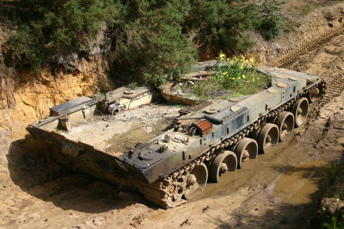tanks_taken_nature_03