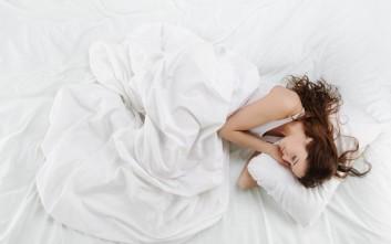 Δέκα σημάδια που φανερώνουν ότι σας λείπει ύπνος