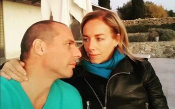 Βαρουφάκης και Δανάη πίσω στην Αίγινα και το… Instagram