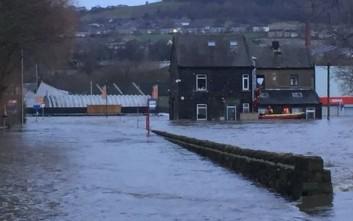 Πλημμύρες στη βόρεια Αγγλία εξαιτίας σφοδρών βροχοπτώσεων