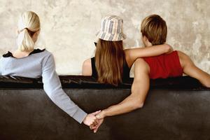 Μια πολυερωτική οικογένεια εξομολογείται...