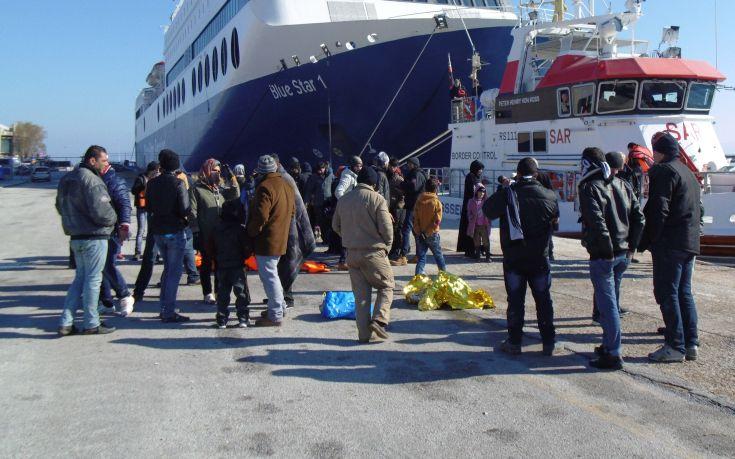 Στον Πειραιά ακόμη 1.810 πρόσφυγες και μετανάστες