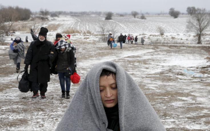 Spiegel: Τι θα συνέβαινε εάν η ΕΕ έδιωχνε από τη ζώνη του Σένγκεν την Ελλάδα;