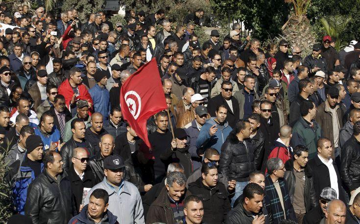 Τυνήσιοι βγήκαν στους δρόμους ενάντια στην επιστροφή τζιχαντιστών