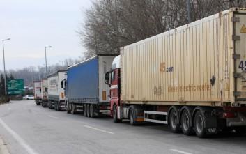Πού και πότε απαγορεύεται η κυκλοφορία φορτηγών