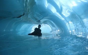 Δεκαήμερο ταξίδι ζωής στην Αρκτική και την Ανταρκτική