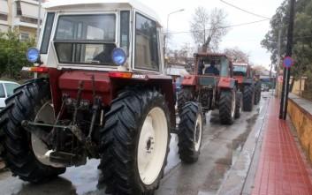 Μπλόκα αγροτών και σε Αργολίδα και Λακωνία