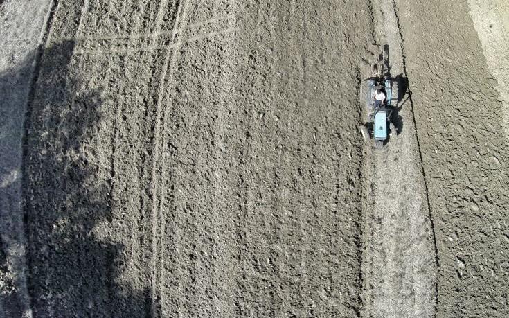 Στο πρόγραμμα αγροτικής ανάπτυξης οι πρώτοι 1.205 νέοι αγρότες