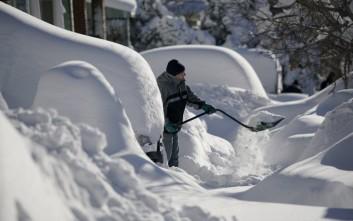 Σφοδρές χιονοπτώσεις πλήττουν τις δυτικές πολιτείες των ΗΠΑ