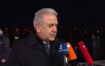 Διαψεύδει ο Αβραμόπουλος τα περί εξόδου της Ελλάδας από τη Σένγκεν