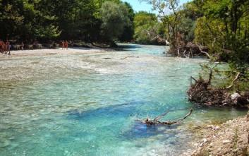 Ο ποταμός Αχέροντας που «μαγεύει» τον επισκέπτη