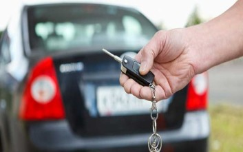 Ανατροπές στα τέλη κυκλοφορίας και στις τιμές πώλησης των αυτοκινήτων