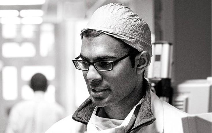 Τα μαθήματα ζωής ενός νευροχειρουργού που διαγνώσθηκε με καρκίνο σε τελικό στάδιο