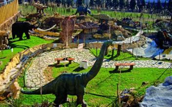 Βρήκαμε σε ποια πόλη της Ελλάδας συχνάζουν… δεινόσαυροι!