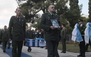 Με τιμές υποδέχθηκε η Ελλάδα τα λείψανα των 6 στρατιωτικών που σκοτώθηκαν στην Κύπρο
