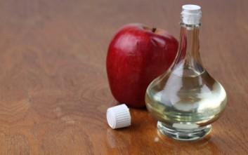 Μηλόξυδο και ασπιρίνη για λαμπερό δέρμα