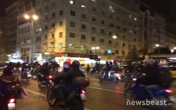 Μοτοπορεία αντιεξουσιαστών στο κέντρο της Αθήνας