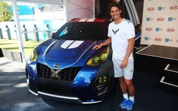 O Rafael Nadal παρουσιάζει το X-car της Kia