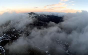 Μία βόλτα με drone πάνω από τα σύννεφα του Ψηλορείτη