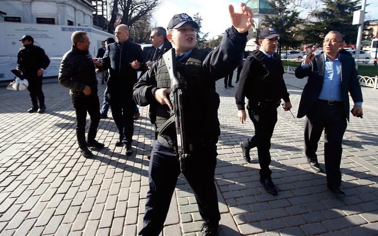 Συναγερμός στο αμερικανικό προξενείο στην Κωνσταντινούπολη