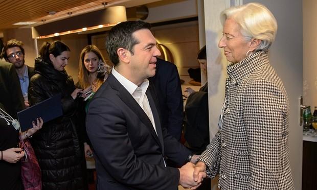 Η Λαγκάρντ επιμένει για το χρέος, ο Τσίπρας ανοίγει πόρτα στο ΔΝΤ