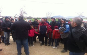 Στο γυμναστήριο της Λευκόβρυσης στη Κοζάνη εγκαταστάθηκαν 350 πρόσφυγες