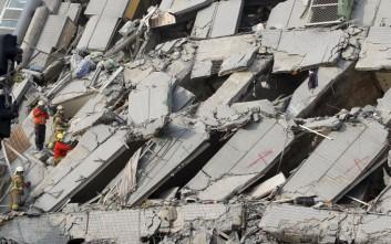 Τουλάχιστον 12 οι νεκροί από τον σεισμό στη Ταϊβάν