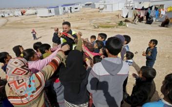 Ο Ερυθρός Σταυρός έφτασε σε συνοικία της Δαμασκού μετά από τέσσερα χρόνια