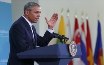 Ο Ομπάμα θεωρεί πως οι ακραίες θέσεις Τραμπ και Κρουζ ευνοούν τους Δημοκρατικούς