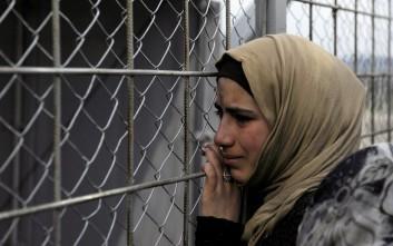 Αναχώρησαν οι πρόσφυγες από τα Τρίκαλα