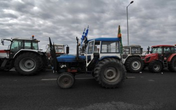 Στην πιο κρίσιμη καμπή του ο αγώνας των αγροτών