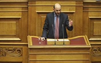 Φωτήλας σε Ζαχαριάδη: Πώς θα σας φαινόταν αν μιλούσα για άπλυτους, αξύριστους υπουργούς