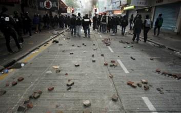 Πεδίο πολέμου οι δρόμοι του Χονγκ Κονγκ