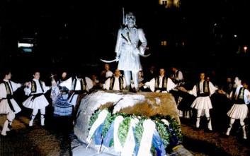 Έκλεψαν τον οπλισμό και δεύτερου αγάλματος στη Θεσσαλονίκη