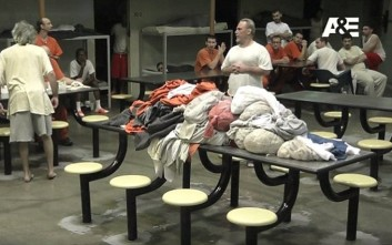Πολίτες φυλακίστηκαν για δύο μήνες για χάρη τηλεοπτικής σειράς