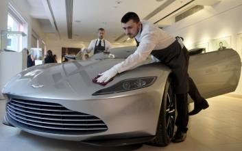 Το αυτοκίνητο του Bond πουλήθηκε για 3,5 εκατ. δολάρια