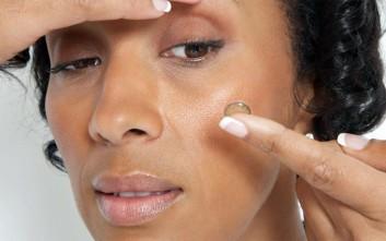 Δυνατότητες οθόνης στους... φακούς επαφής